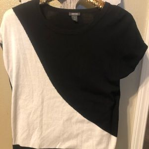 Kenneth Cole dressy top in size small